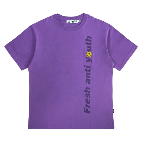 [FRAY x SMILEY] LOGO WAPPEN T-SHIRTS - VIOLET